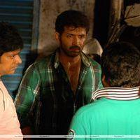 Thadaiyara Thaakka Movie Location Stills