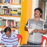 Gowthaman - Director Gowthaman Releases Varumaiyin Varigal Book stills