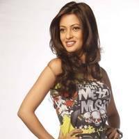 Riya Sen - Mutham Thara Vaa Movie Hot  Stills