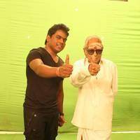 Thillu Mullu Movie Special Dance MSV and Yuvan Stills