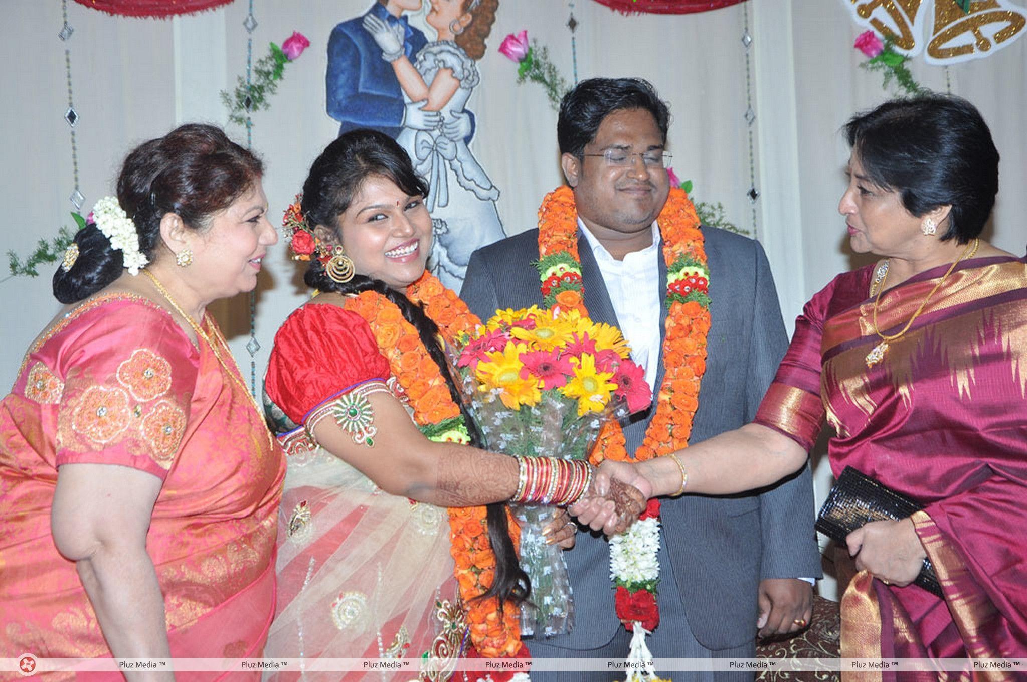 Y Vijaya Daughter Wedding Reception Stills for Y Vijaya Daughter  75tgx