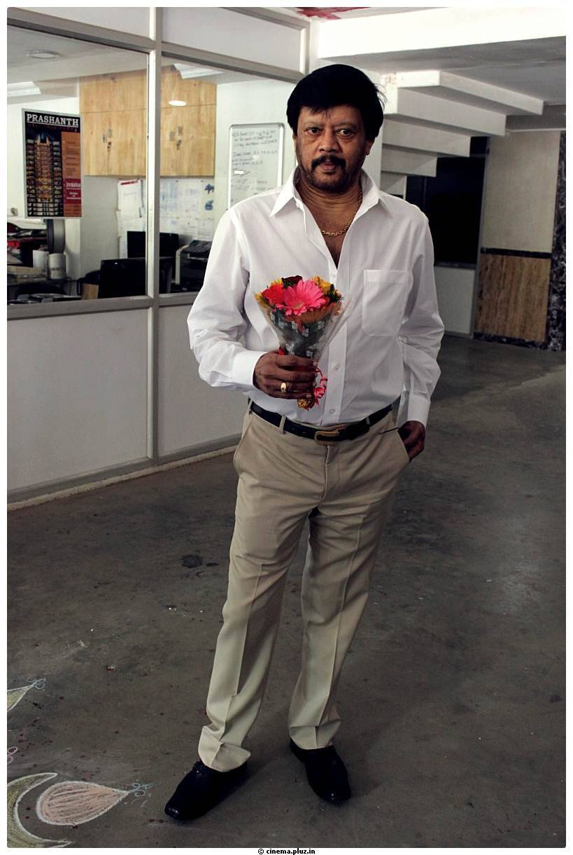 actor thiyagarajan birthday stills