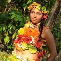 Sneghal - Naalu Perum Romba Nallavanga Movie Photos | Picture 455084