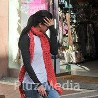 Katrina Kaif and director Kabir Khan evade the paparazzi pictures