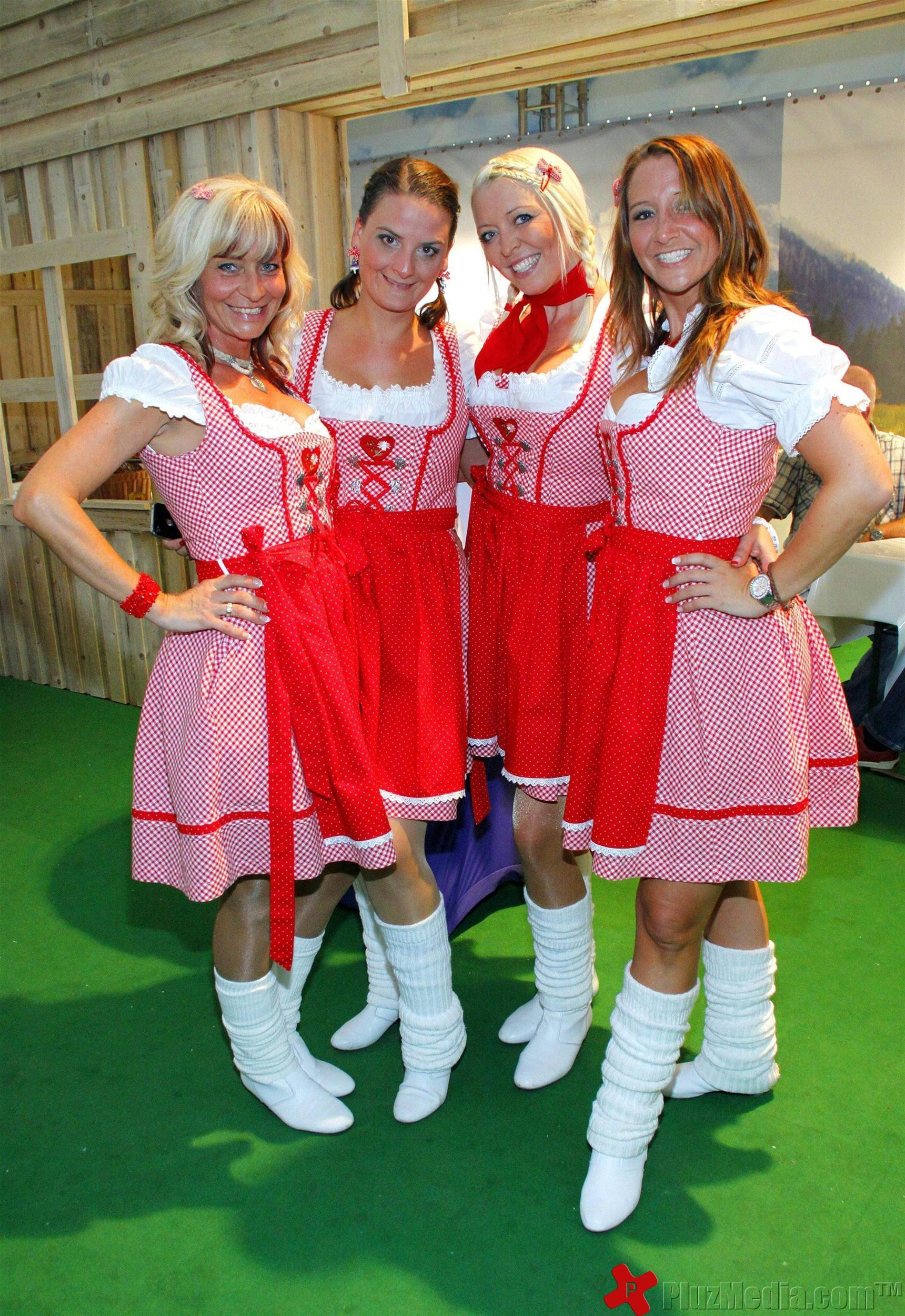 koelner oktoberfest at suedstadion cologne photos. Black Bedroom Furniture Sets. Home Design Ideas
