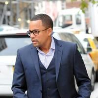 Hill Harper leaving his Manhattan Hotel