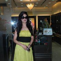 Yuvika Chaudhry at D'damas store - Photos