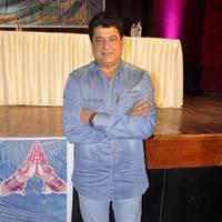 Gajendra Chauhan - Kader Khan felicitated with Sahitya Shiromani Award Photos
