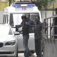 Shahrukh Khan - Celebrities meet Hrithik Roshan at hospital photos | Picture 505076