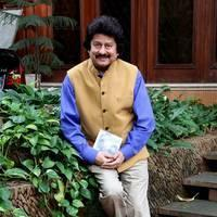 Pankaj Udhas - Pankaj Udhas unveils his new album Hey Krishna Photos | Picture 505062