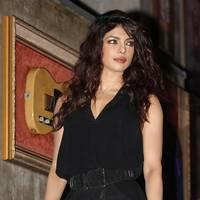 Priyanka Chopra releases her new single 'Exotic' Photos | Picture 508068