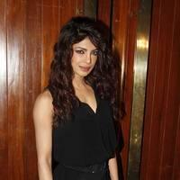 Priyanka Chopra releases her new single 'Exotic' Photos | Picture 508080