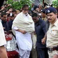 Amitabh Bachchan - Bollywood legend Pran's Condolences Photos