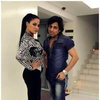 Veena Malik Bombastic performance at Gujarati Gaurav Vanta Awards Photos | Picture 453692