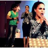 Veena Malik Bombastic performance at Gujarati Gaurav Vanta Awards Photos | Picture 453693