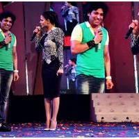 Veena Malik Bombastic performance at Gujarati Gaurav Vanta Awards Photos | Picture 453712