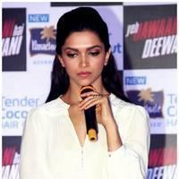 Deepika Padukone - Ranbir, Deepika Endorse Parachute Advansed Tender Coconut Hair Oil Photos | Picture 463891