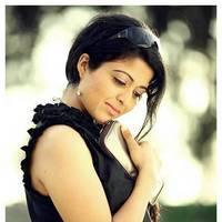 Kavita Srinivas - Kavitha Srinivas Hot in Adiyum Andamum Movie Stills | Picture 451506