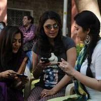 Charmi at Saradaga Ammayitho Shooting Spot Photos | Picture 503465