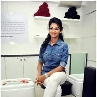 Kamna Jethmalani - Naturals Launches Salon at Guntur by Kamna Jethamalani , Madhavi Latha Photos | Picture 468631
