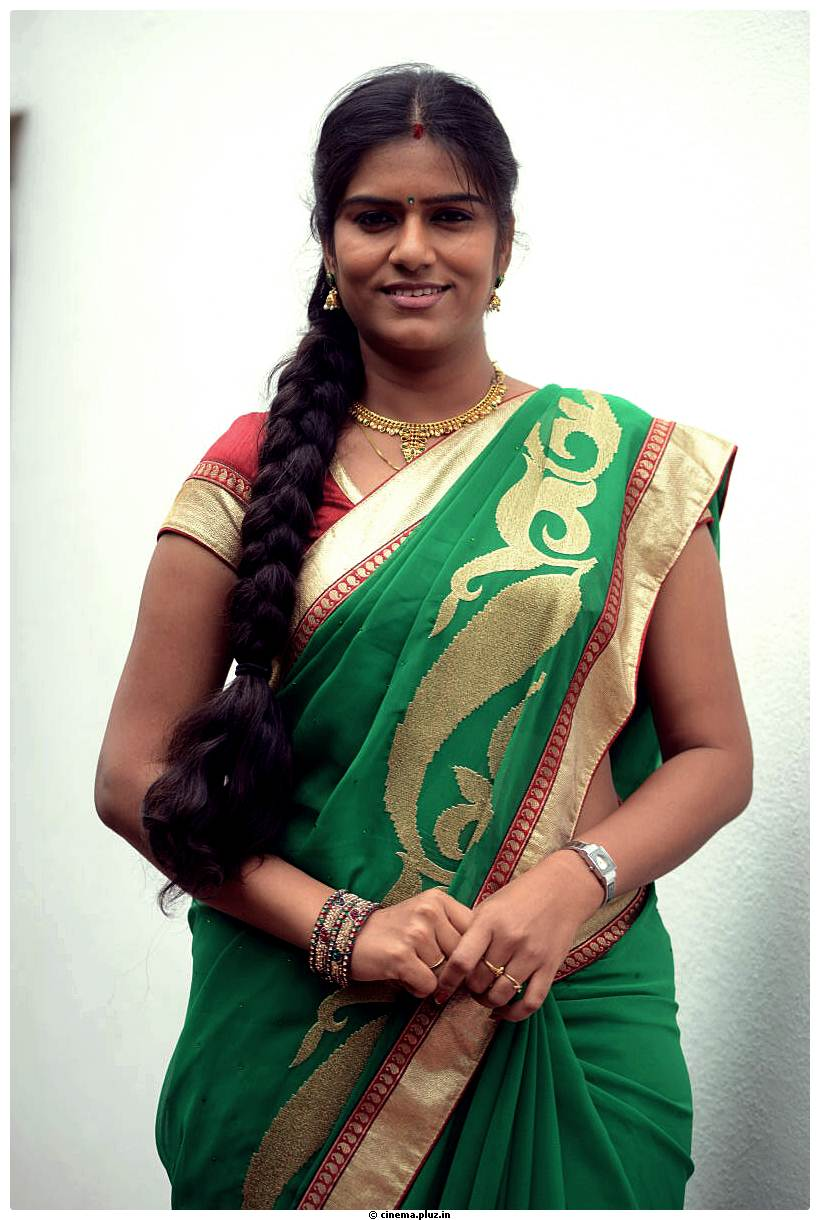 Actress bhavana in saree photos altavistaventures Image collections
