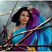 Flora Saini - Aakasam lo Sagam Movie Working Stills   Picture 501121