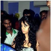 kamna Jetmalani - Kamna Jethmalani launches Shades Family Beauty Salon in Ameerpet Photos | Picture 500985
