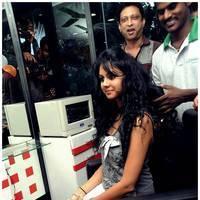 kamna Jetmalani - Kamna Jethmalani launches Shades Family Beauty Salon in Ameerpet Photos | Picture 501006