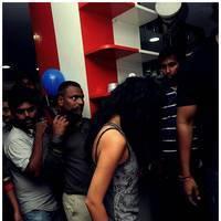 Kamna Jethmalani launches Shades Family Beauty Salon in Ameerpet Photos