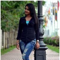Catherine tresa New Stills in Iddarammayilatho movie | Picture 506983