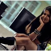 Catherine tresa New Stills in Iddarammayilatho movie | Picture 506984