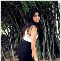Akhila Hot Images at Q Premaku Chavuku Movie Opening | Picture 510222