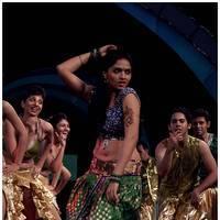 Sunaina - 60th Idea Filmfare Awards 2012 Performance & Awards Pictures