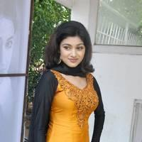 Oviya Helen at H Productions New Movie Launch Photos | Picture 452384