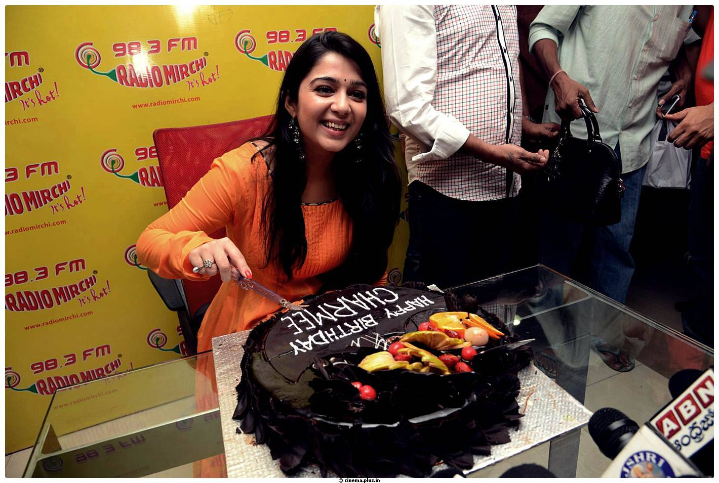 Birthday Cake Recipe Kannada: Prema Oka Maikam@Radio Mirchi Tomorrow